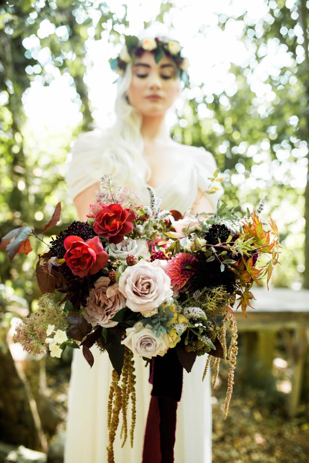 essex-wedding-planner-berry-bridal-bouquet.jpg