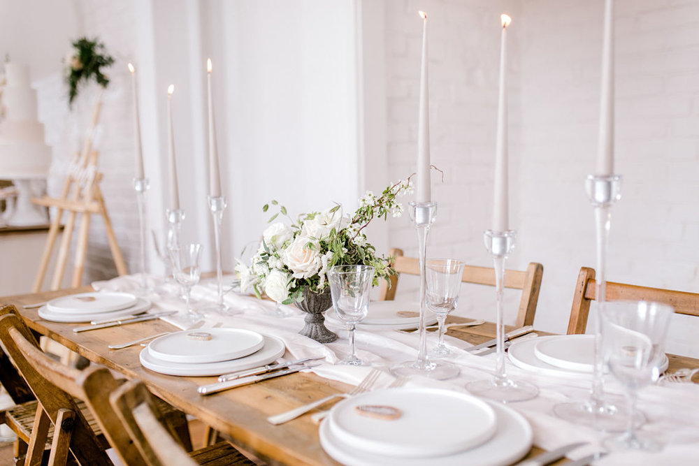 essex-wedding-planner-neutral-romantic-tablescape-styling.jpg