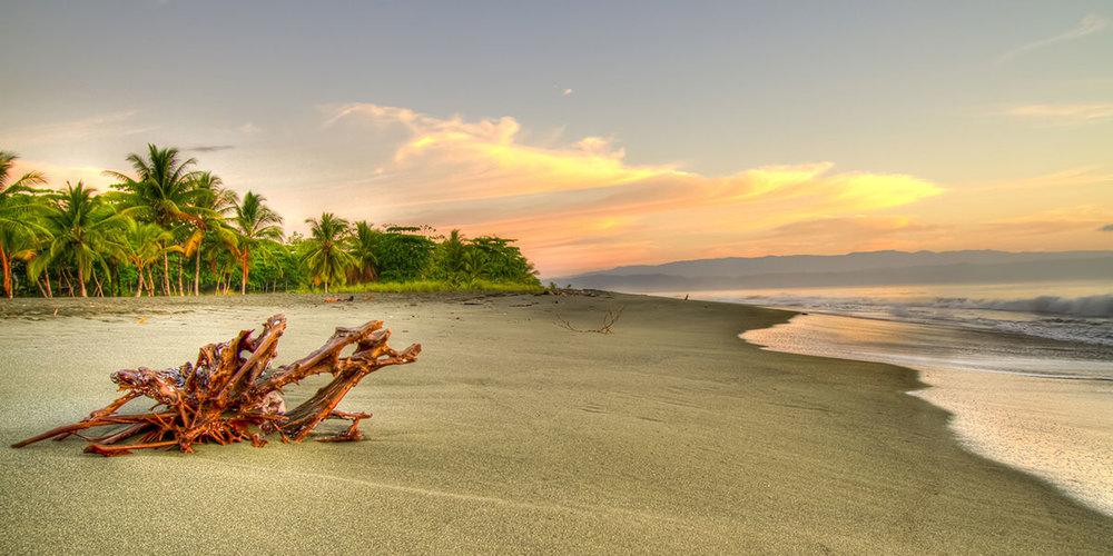 iguana-lodge-costa-rica-osa-peninsula-beach.jpg