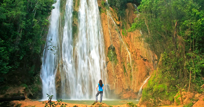 Hike to spectacular El Límon waterfall