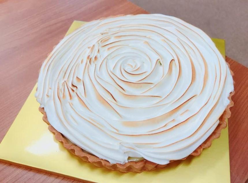 Meringue pie1.jpg