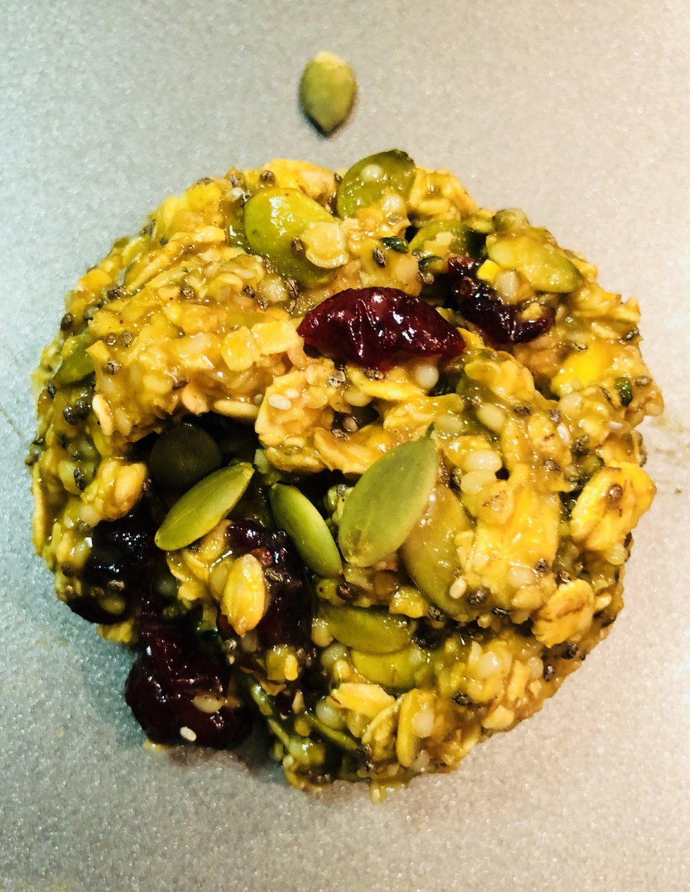 These breakfast cookies are a quick and extremely nutritious snack to make and keep on standby for those,