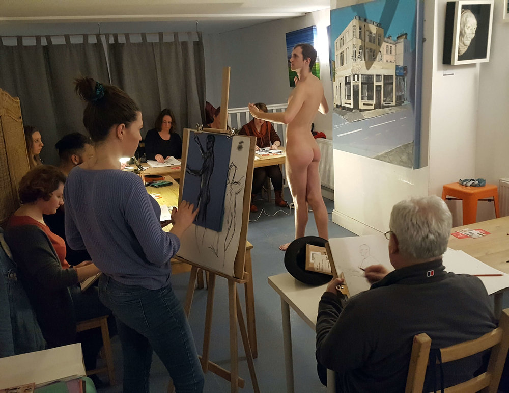 Figuration Life Drawing Late 04.jpg