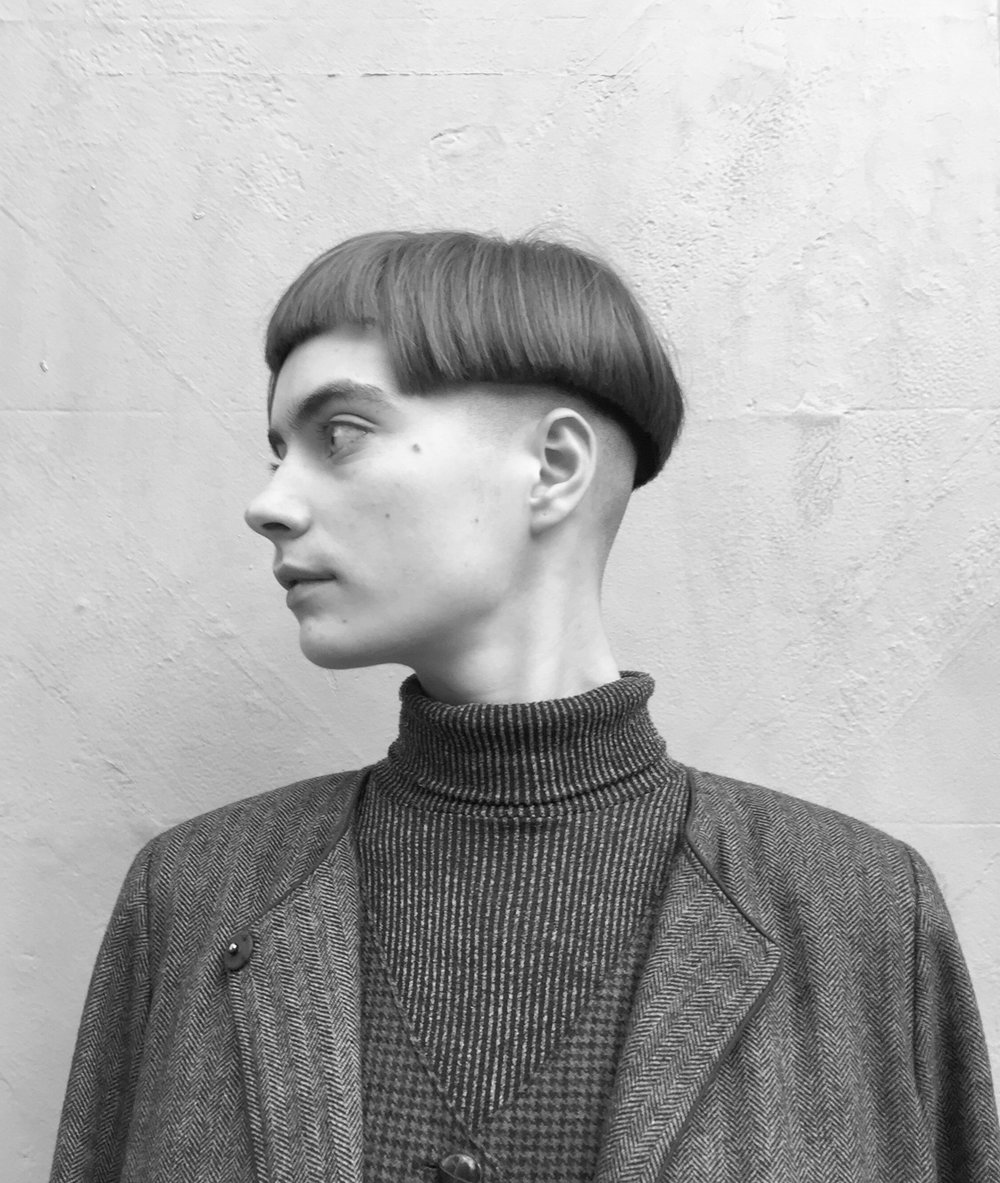 'Bowl-cut' with a cut out BANG