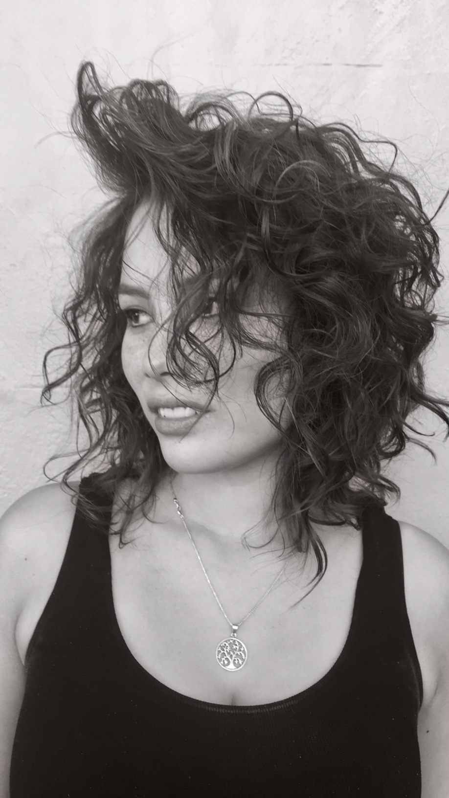 Loose curls with some serious 'top volume'