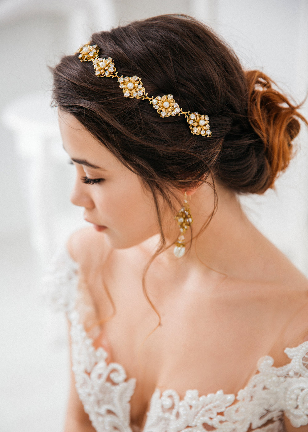 Find your perfect Wedding Hair Jewelry - Handmade in SwitzerlandUnique DesignPossibility to Rush OrdersFree Shipping WorldwideCustomisable OrdersFast response on your questions