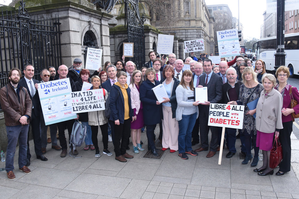 18 April 2018 Diabetes Community presents petition to members of the Dail requesting that the HSE remove the age restriction on the Freestyle Libre Reimbursement Scheme. Photo credit David Coleman