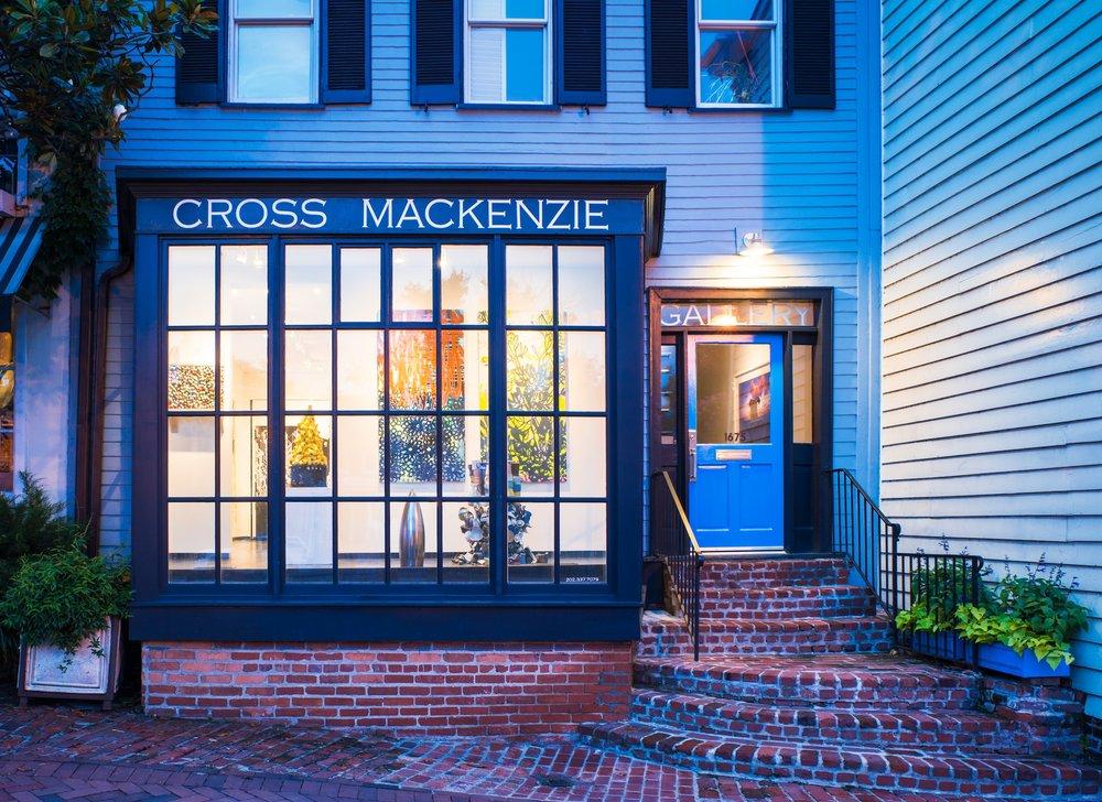 MACKENZIE-CrossMacKenzieGalleryG'Town-2.jpg