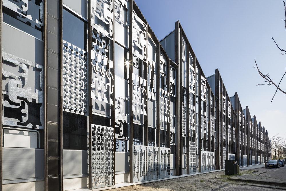 Ook staal kan toegepast worden in de mikado. Afvalbrengstation Den Haag, (c) Superuse Studios