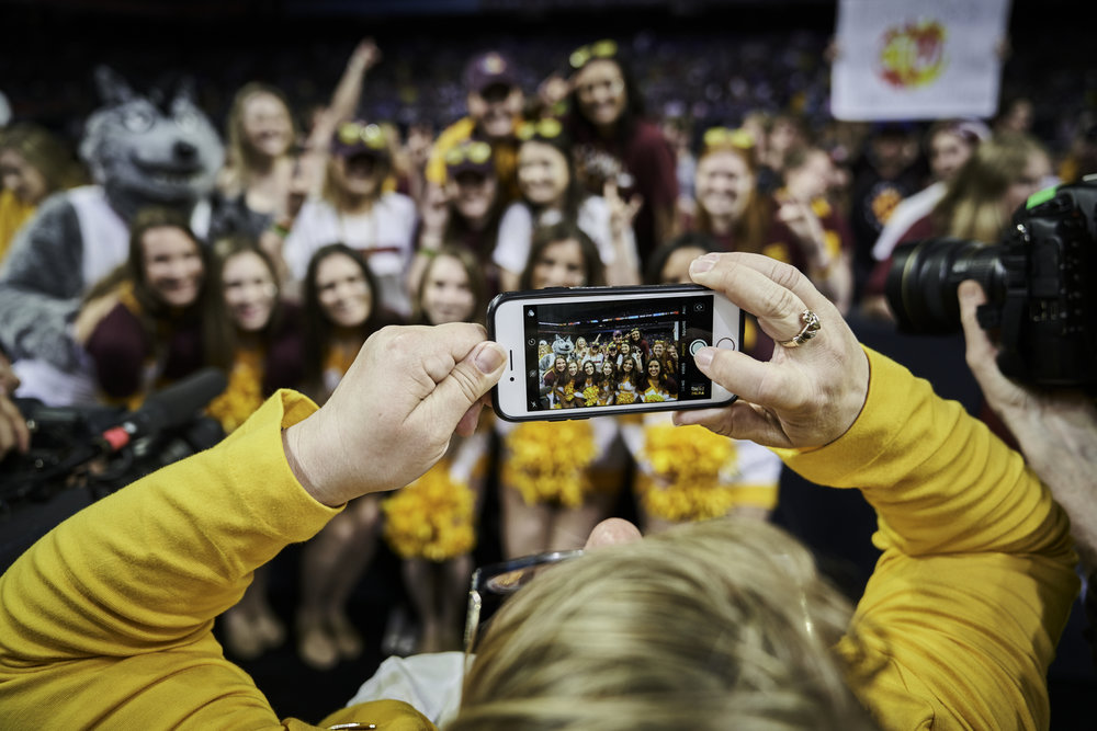 Loyola-Chicago cheerleaders pose for a photo before the start of the game.   Sony A7rIII, Sony 12-24mm f4 G