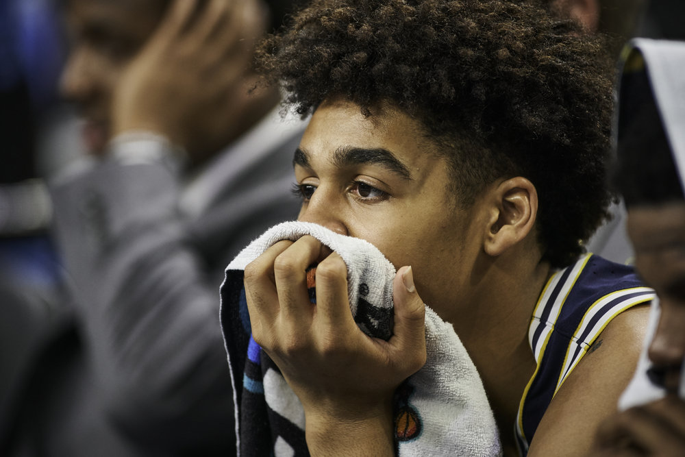 Michigan's Jordan Poole watches the final minutes of the game tick away.   Sony A9, Sony 70-200mm f2.8 GM