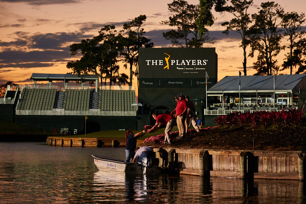 Changing out flowers at the 17th hole . Canon 1DX, Canon EF 70-200mm f2.8L II