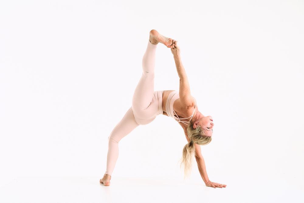 Yoga instructor Desirae Pierce, personal commission.  Sony A7rIII, Sony 24-70mm f2.8 GM