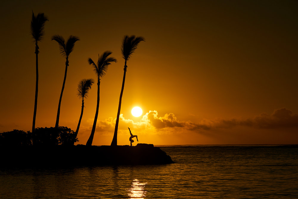 Yoga at sunrise, Wailae, Hawaii.  Sony A7rIII, Sony 100-400mm f4.5-5.6 GM-OSS