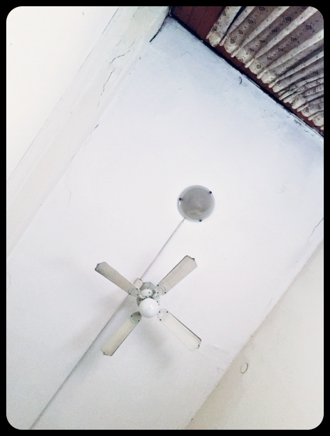 Widok z łóżka w hostelu Momo's ;)
