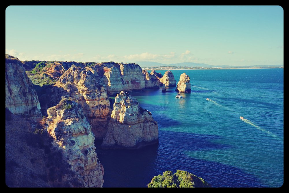 Beautiful coast of Ponta de Piedade