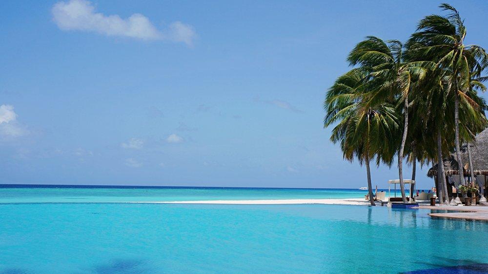 maldivesbeach_altertonative.JPG