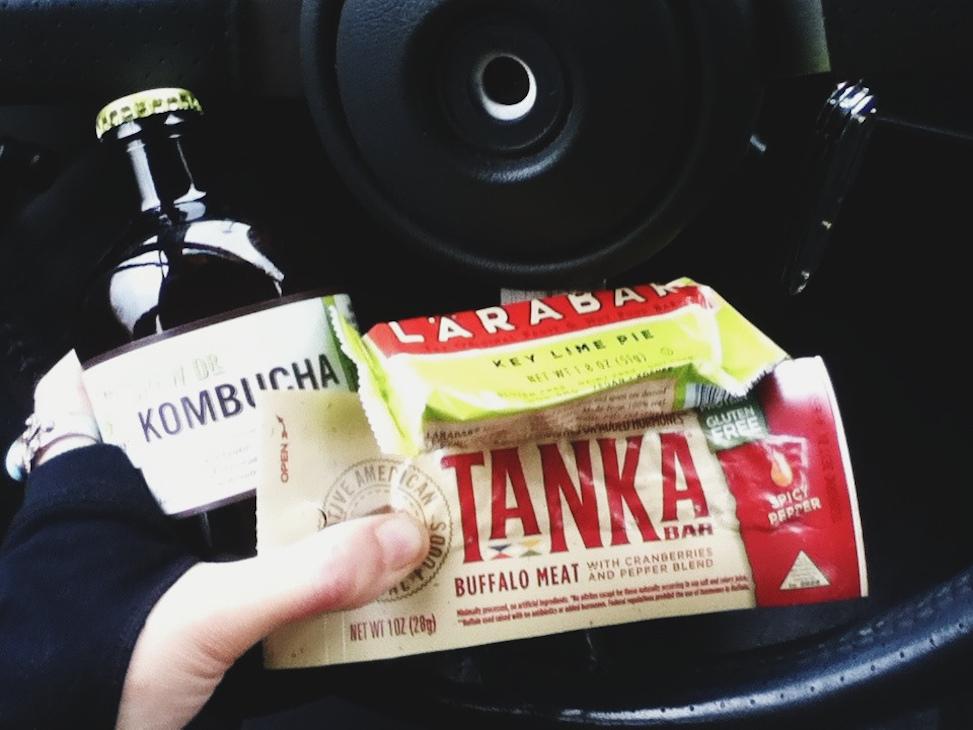 Tanka bar, LaraBar, kombucha