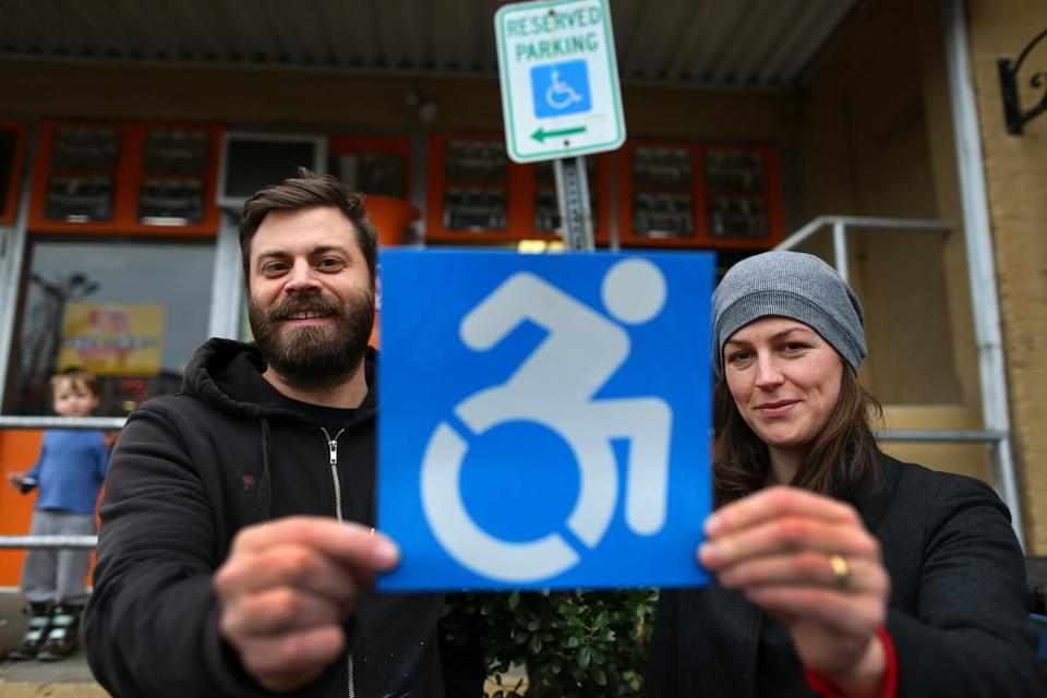 wheelchairsigns_metro369
