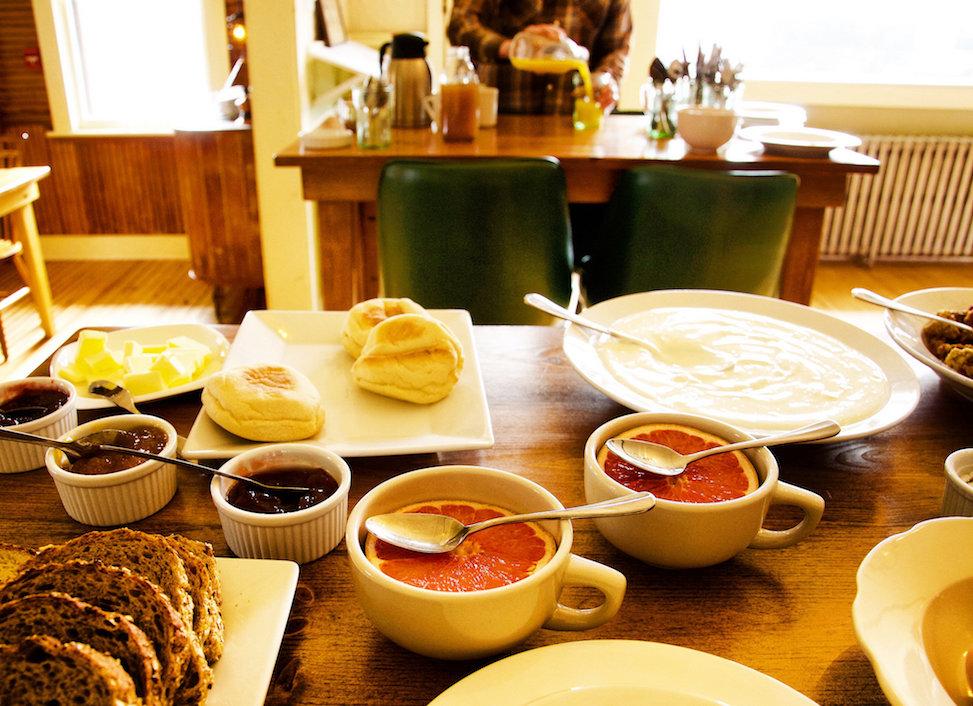 Breakfast at North Branch Inn