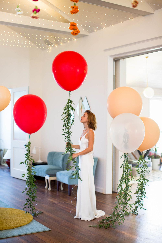 BALLOON INSTALLATION, WEDDING DESIGN, WEDDING BALLOONS