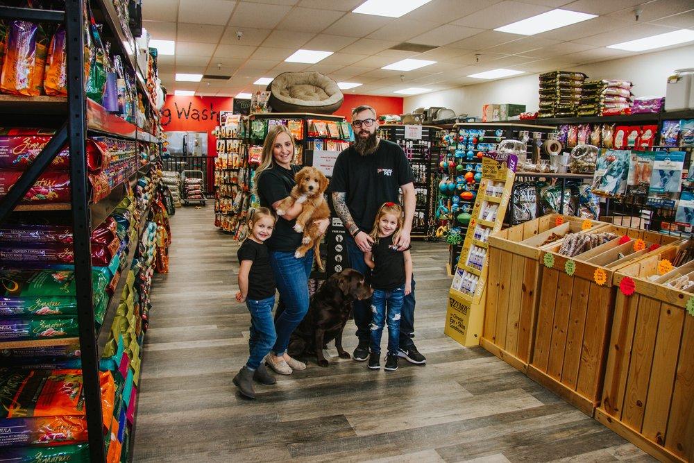 Jco-Natural-Pet-Eugene-Oregon-Family.jpg