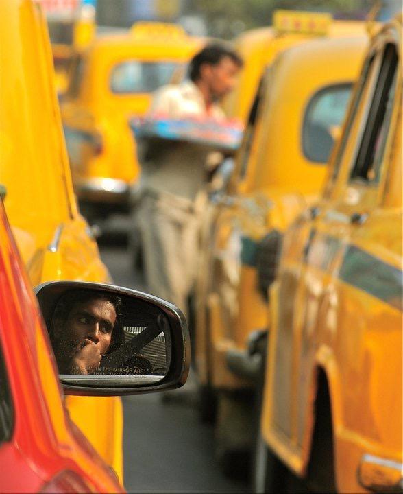 tom-donatelli-lifestyle-portrait-candid-photographer-taxi