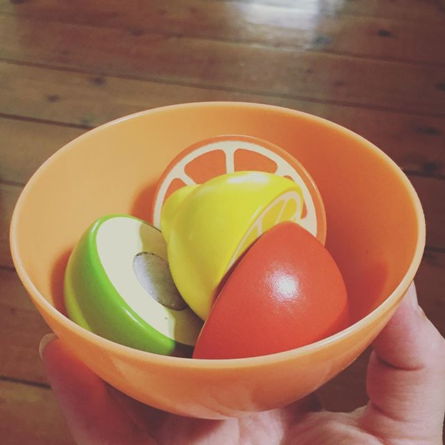 My kid made me dinner. 🍋🍊🍐 #almostwholesomelife #almostwholesome #heknowswhatsup #tryingtoeathealthy #tasteddelicious