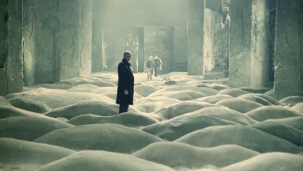 #5) Stalker - (1979 - dir. Andrei Tarkovsky)