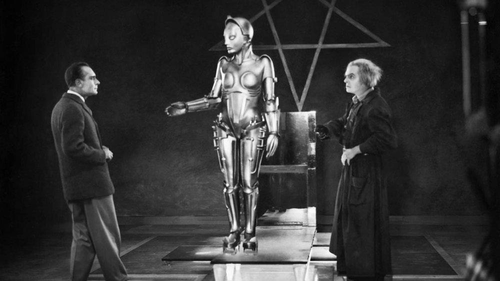 #5) Metropolis (+1) - (1927 - dir. Fritz Lang)
