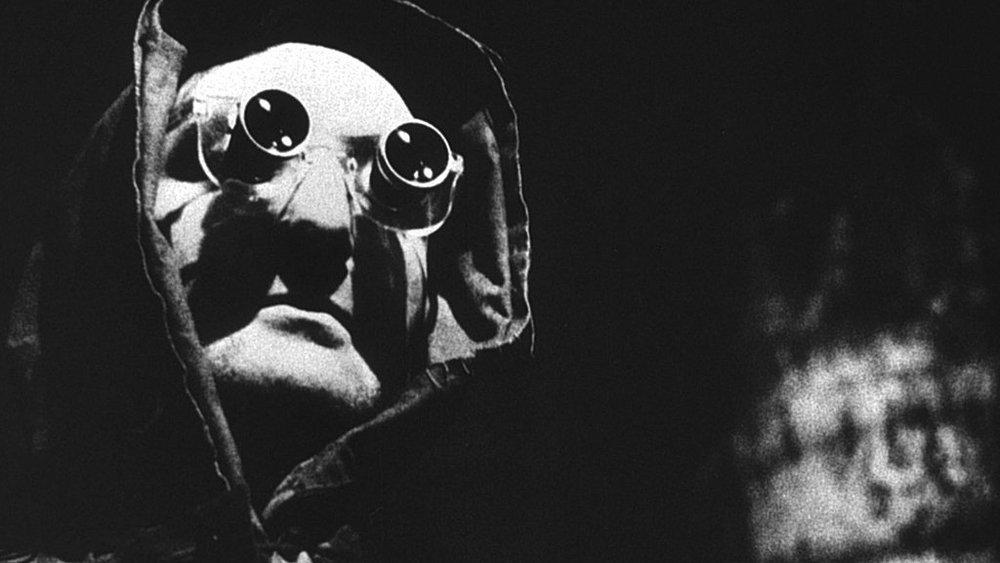 #10)La Jetée - (1962 - dir. Chris Marker)
