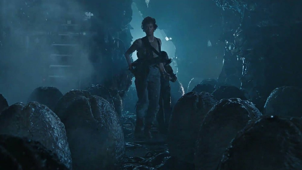 #27) Aliens (-4) - (1986 - James Cameron)