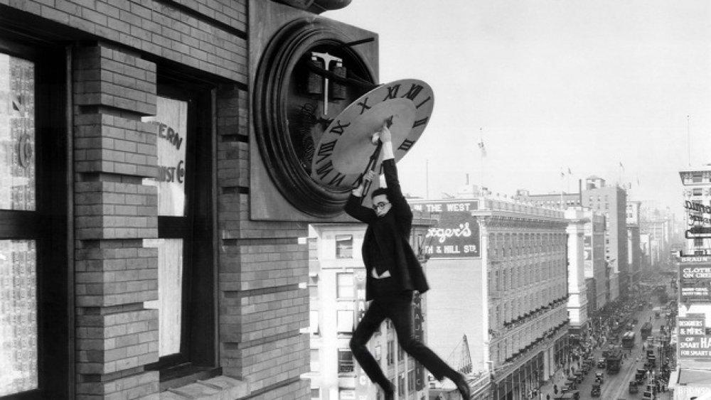 #22) Safety Last! - (1923 - dir. Fred C. Newmeyer, Sam Taylor)