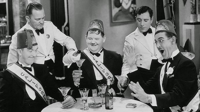 #100) Sons of the Desert - (1933 - dir. William A. Seiter)