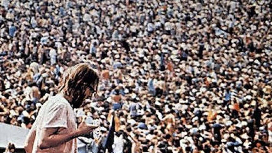 #45) Woodstock - (1970 - dir.Michael Wadleigh)