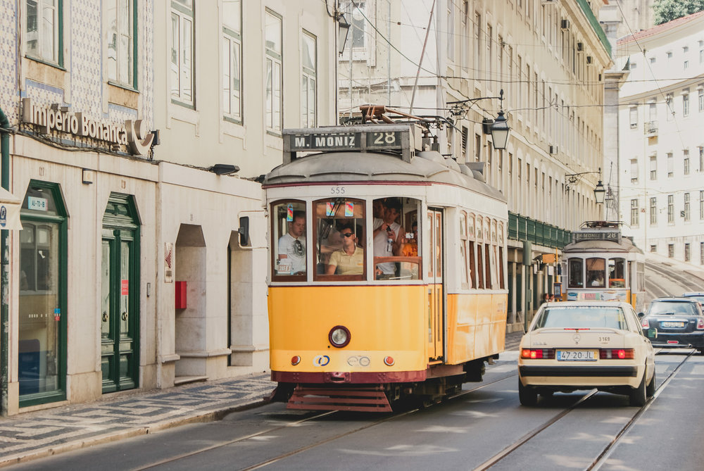 travel-photographer-sydney-lisbon-o1-1.jpg