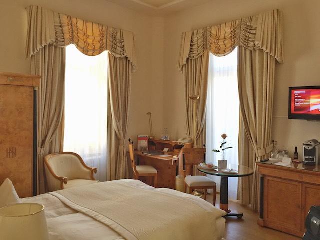 GHN room.JPG
