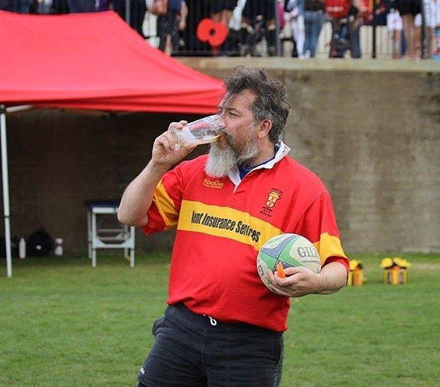 Hydration is key on a game day 👌 #GoldenOldiesWisdom #goldenoldiesrugby