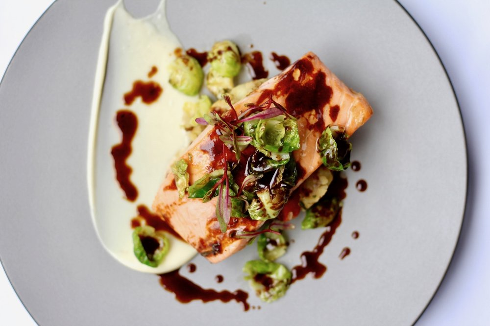 Andaz-London-Liverpool-Street-Eastway-Christmas-Menu-Roast-Salmon-Bubble-And-Squeak-Bird-View (1280x853).jpg