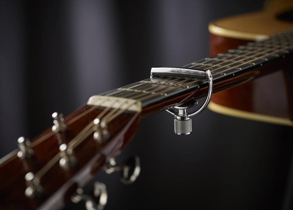 Heritage_51_Plain_Guitar02 JM.jpg