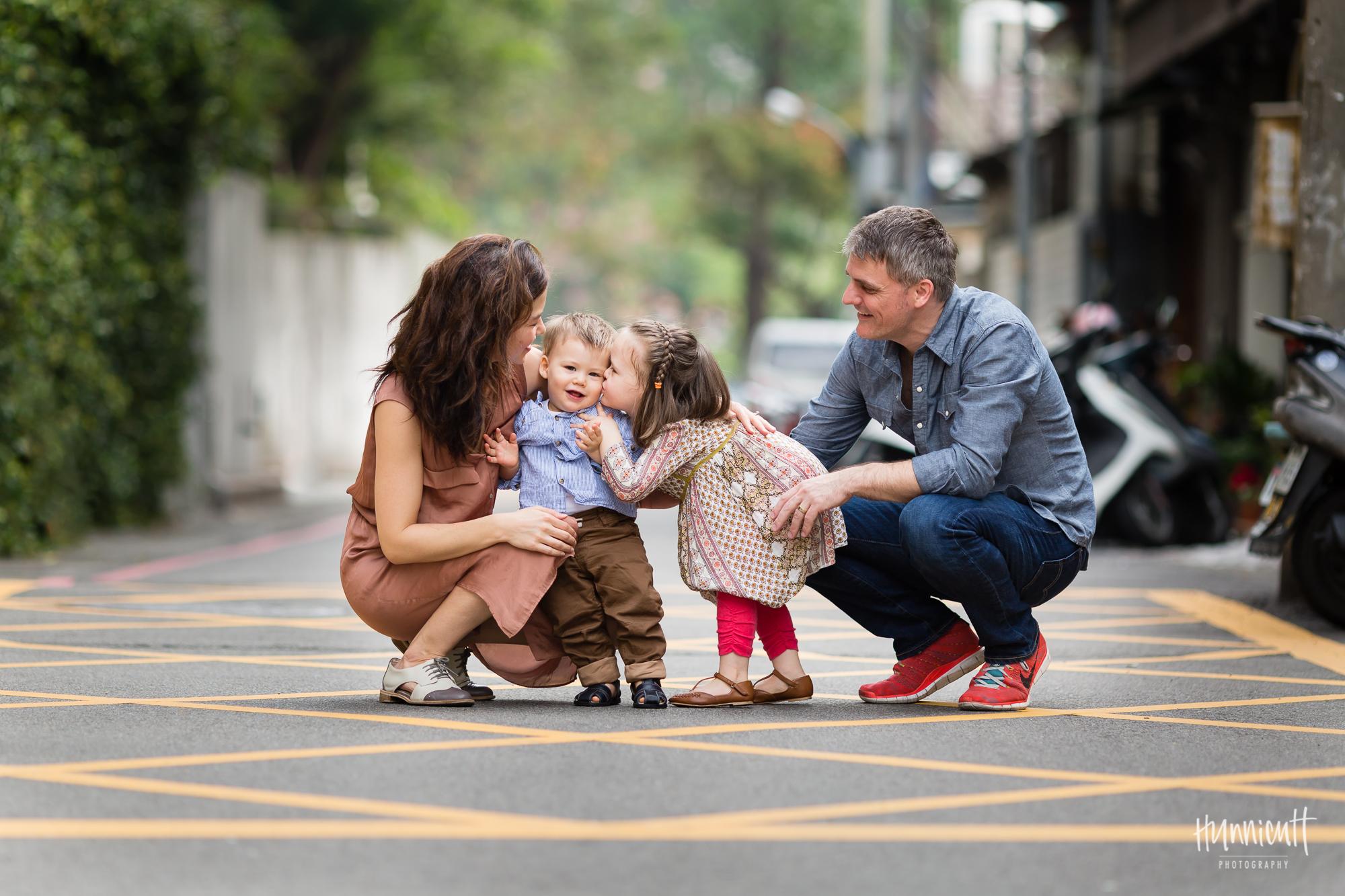 Taiwan-Urban-Lifestle-Duck-Family-HunnicuttPHotography-17