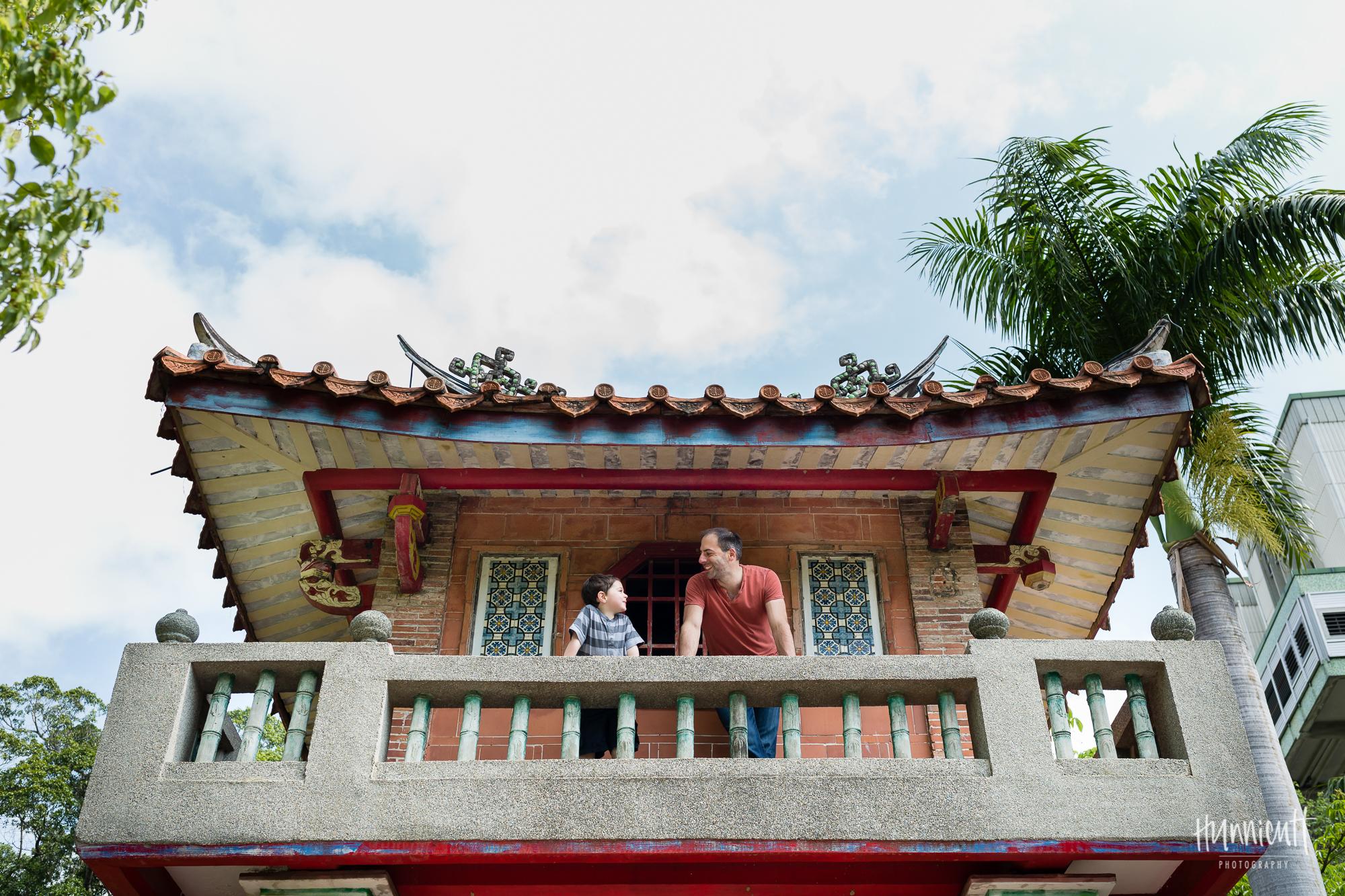 Family-Outdoor-Lifestyle-Modern-Urban-Travel-Culture-HunnicuttPhotography-RebeccaHunnicuttFarren-Taichung-Taiwan-4