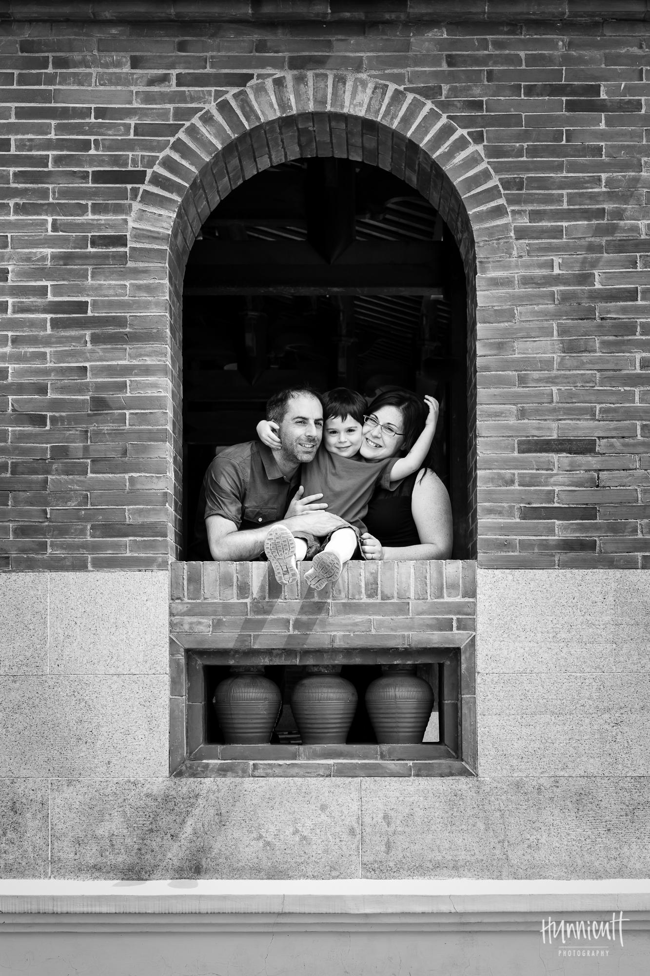 Family-Outdoor-Lifestyle-Modern-Urban-Travel-Culture-HunnicuttPhotography-RebeccaHunnicuttFarren-Taichung-Taiwan-5