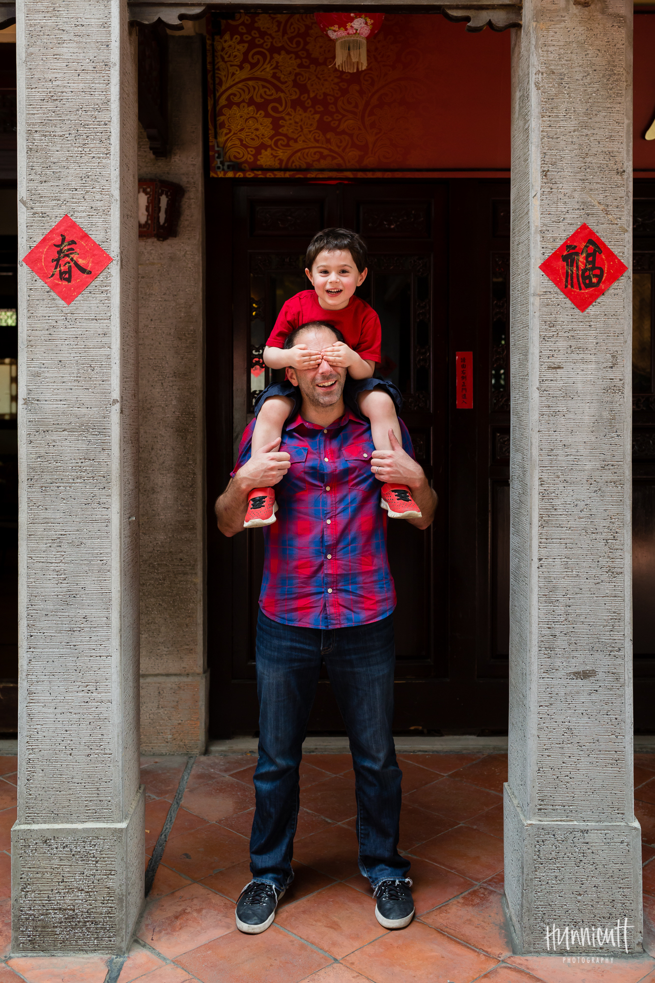Family-Outdoor-Lifestyle-Modern-Urban-Travel-Culture-HunnicuttPhotography-RebeccaHunnicuttFarren-Taichung-Taiwan-8