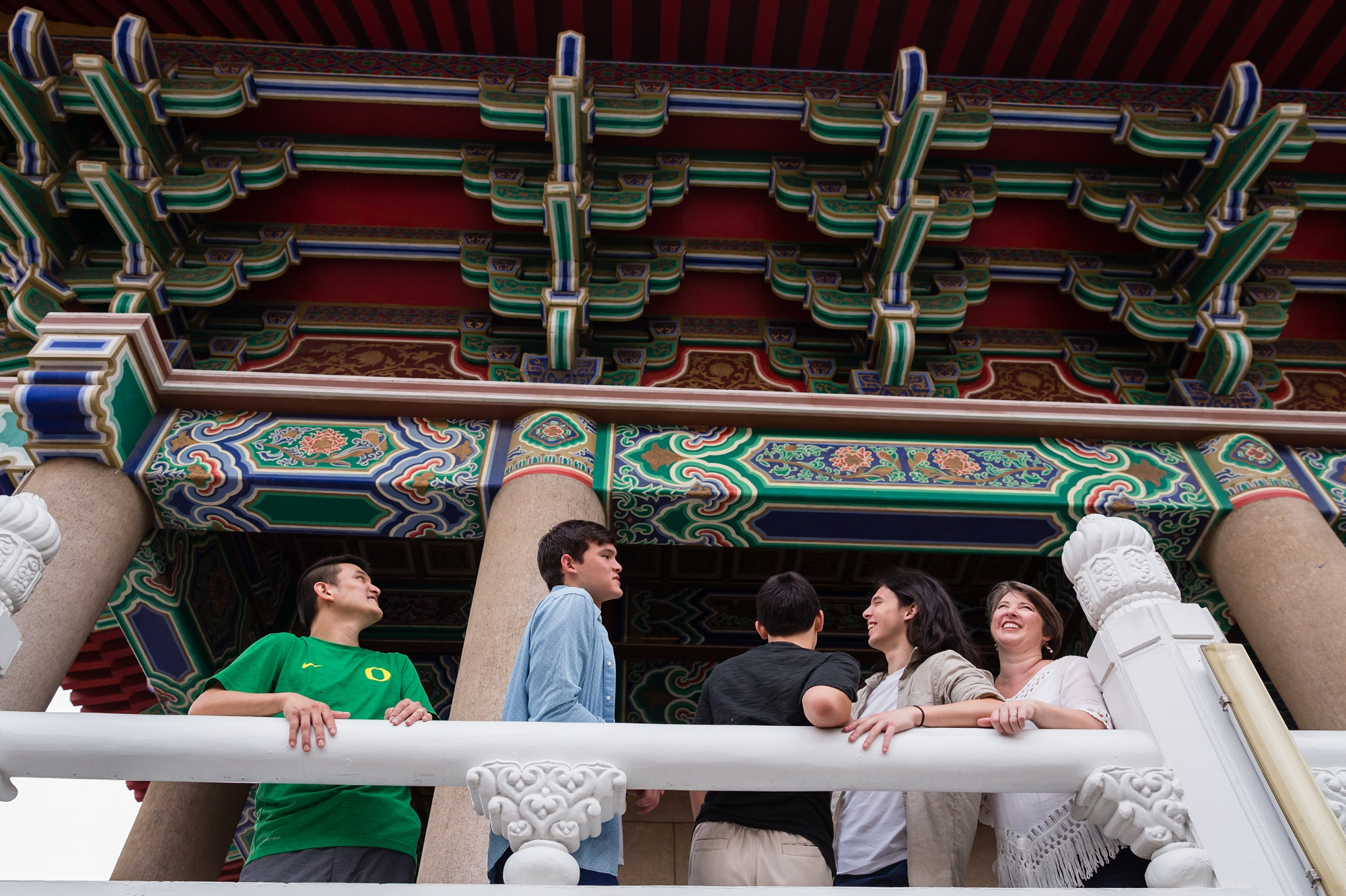 Taichung-Family-Temple-Session-Hunnicutt-27