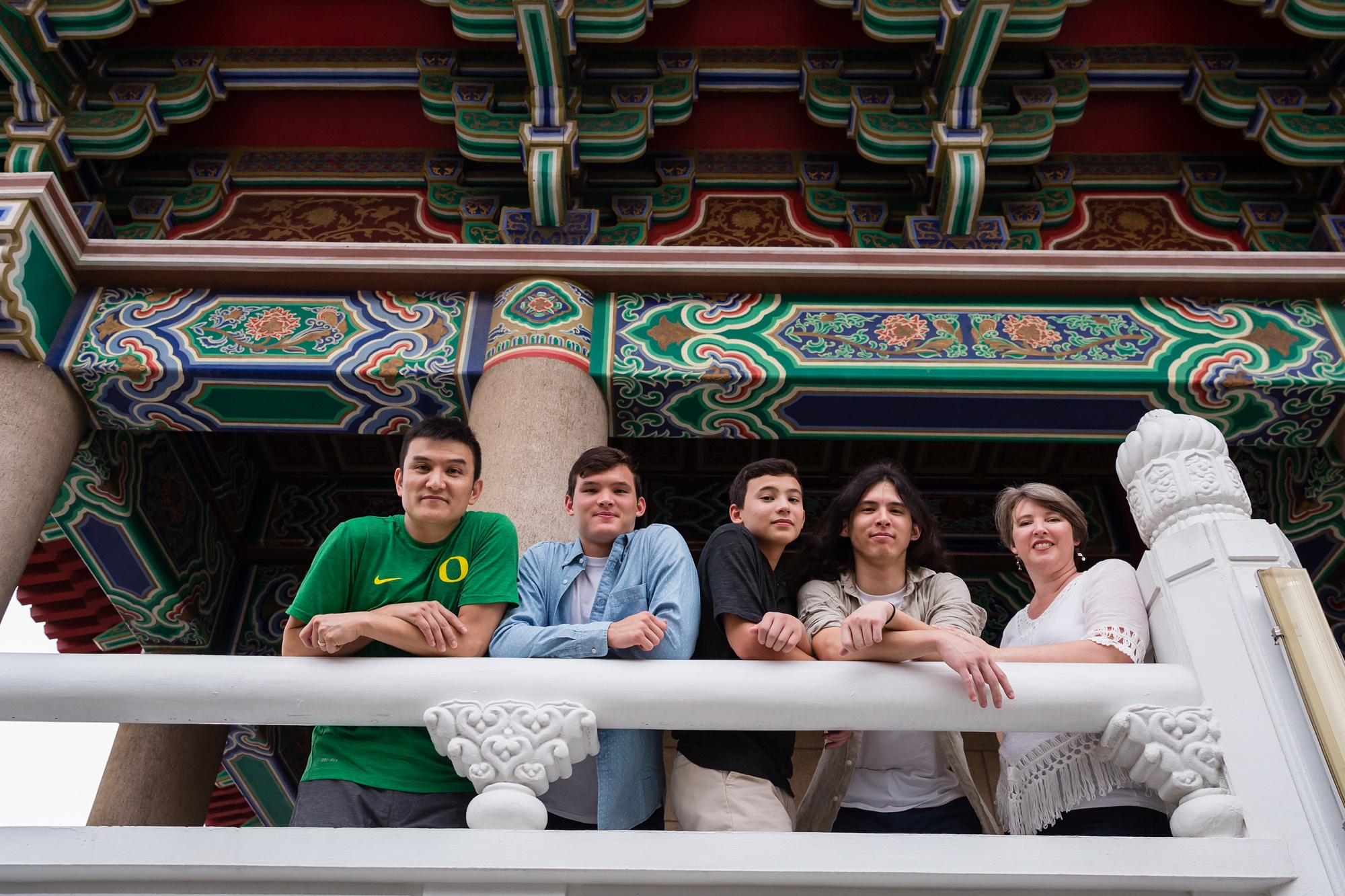 Taichung-Family-Temple-Session-Hunnicutt-28