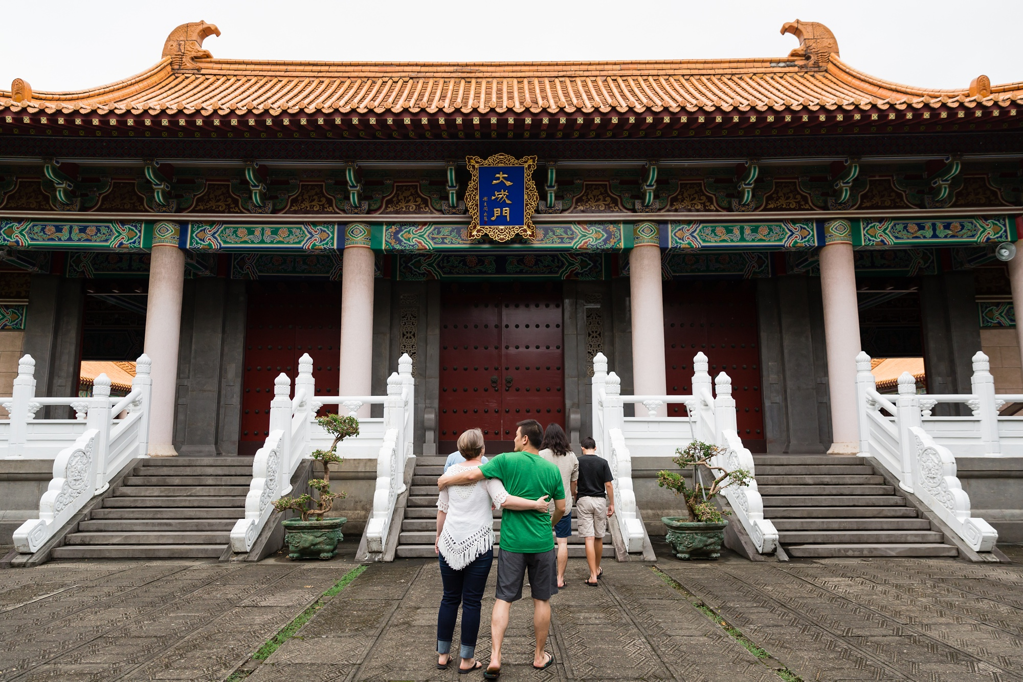 Taichung-Family-Temple-Session-Hunnicutt-4