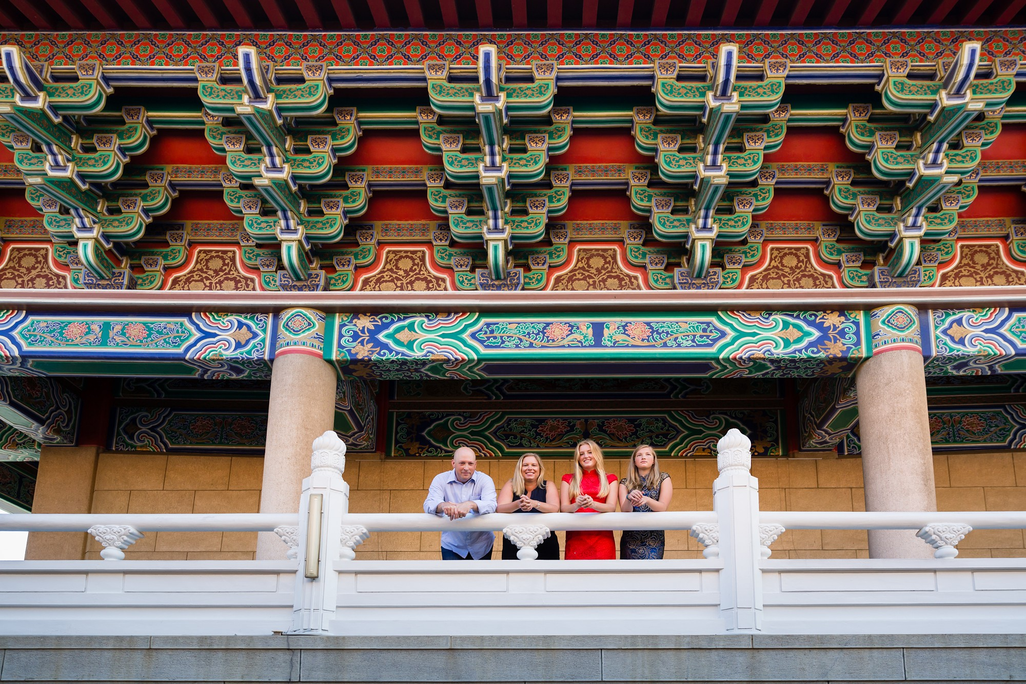 Taichung_Temple_Expat_Family_Sisters_Photo_Session_by_Hunnicutt_Photography_0008