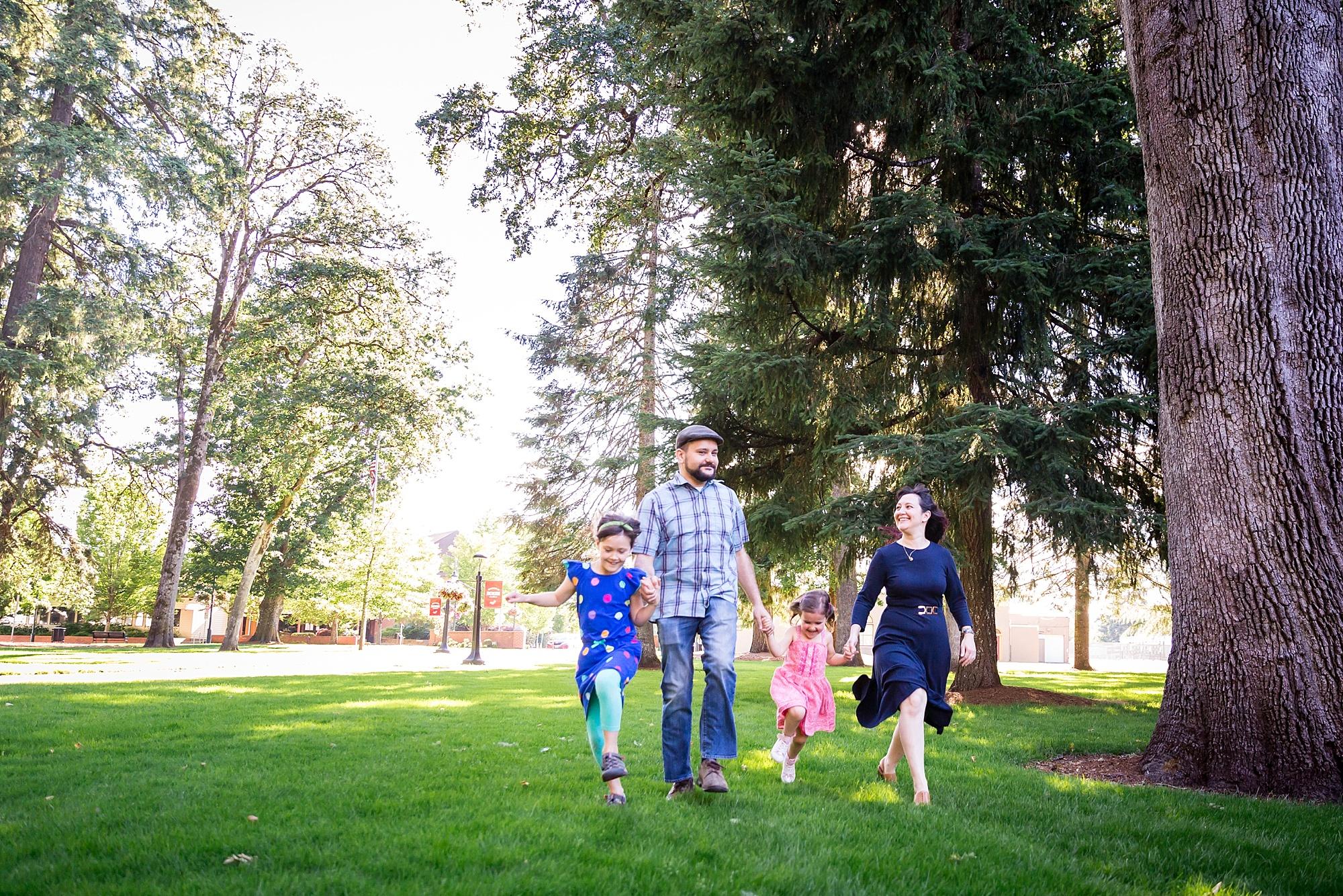 Forest_Grove_Oregon_Family_Photos_Hunnicutt_Photography_0002