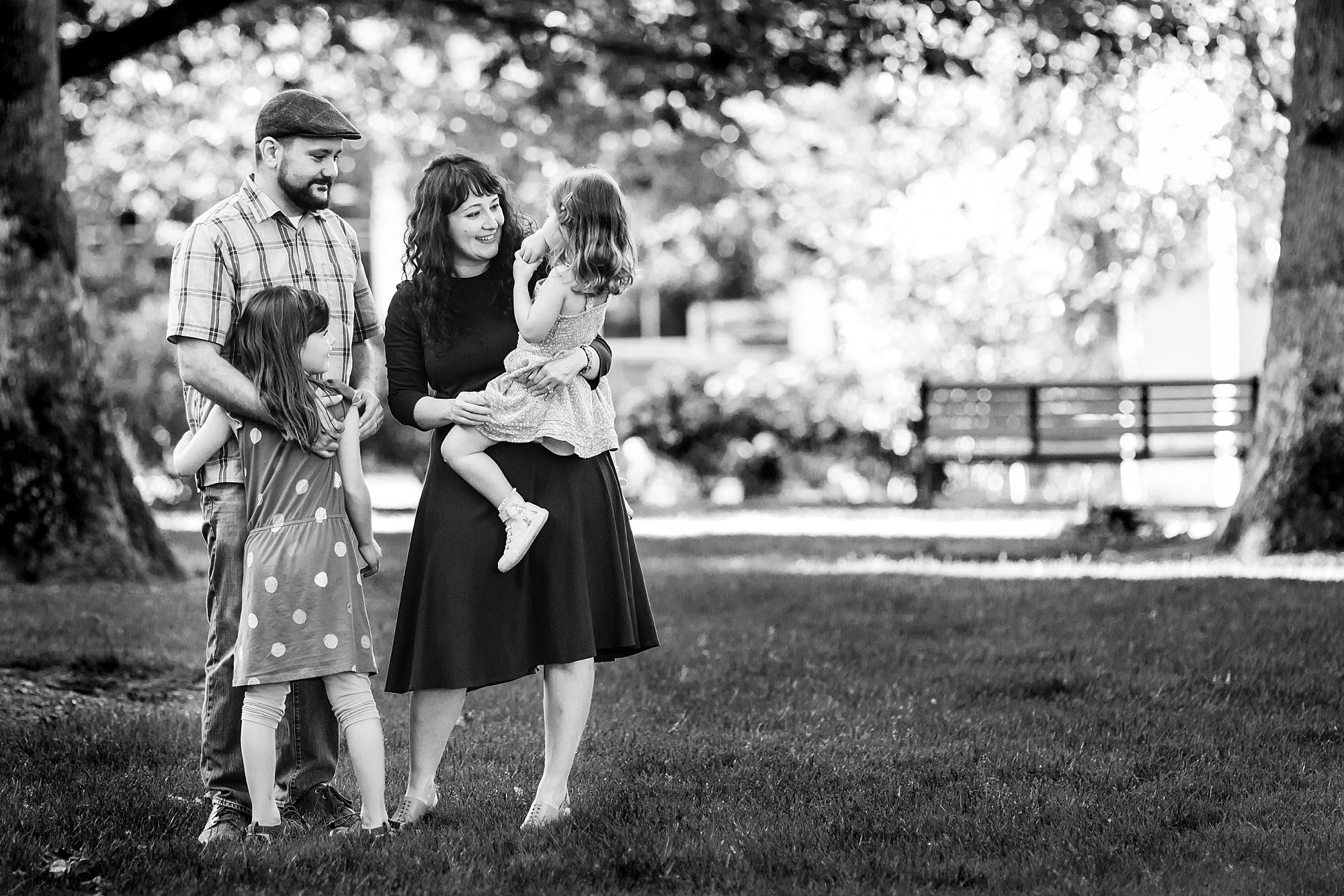 Portland_Metro_Modern_Family_Photos_Hunnicutt_Photography_0022